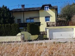 OHLSDORF: Haus mit drei  Wohneinheiten, Pool, Sonnenterrasse, ruhige Sackgassenlage