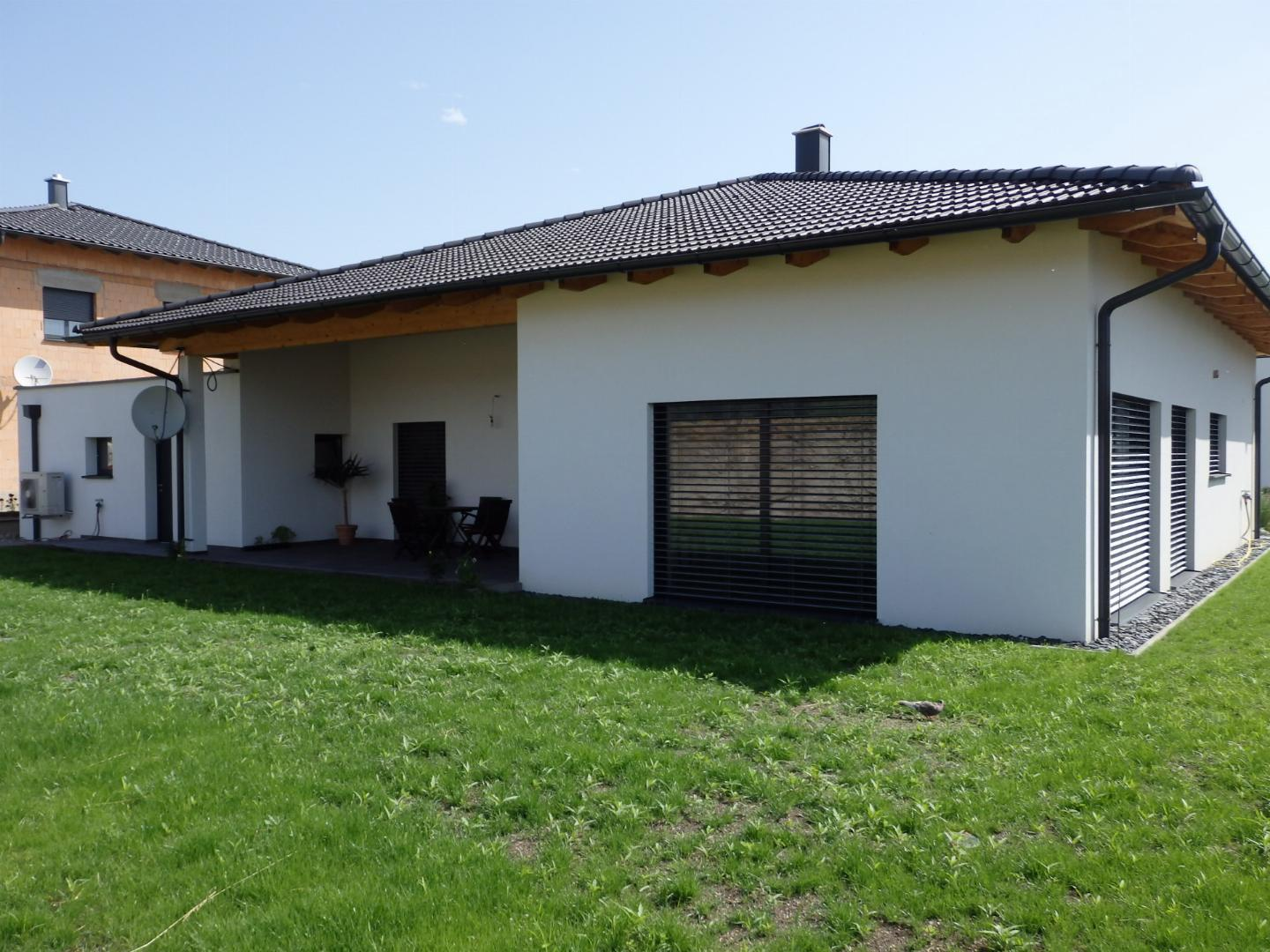 Traumhafter Bungalow mit Doppelgarage!