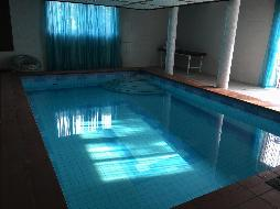 Schönes Haus mit Schwimmhalle und vielen Möglichkeiten !