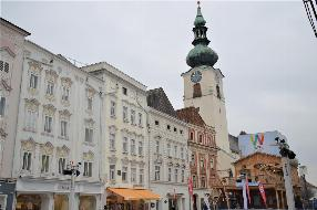 Schnell sein !! Schöne 3-Zimmerwohnung im Stadtzentrum von Wels !!