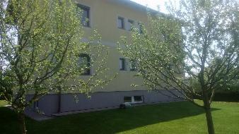 Wunderschönes Stockhaus mit großem Garten!