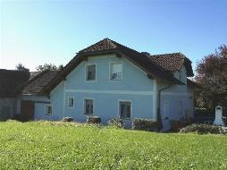 Jetzt zugreifen - sehr schönes Haus mit Bauernsacherl