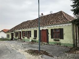 Gast-/ Wohnhaus