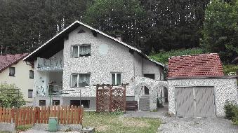 PREISWERTES Haus in entspannter Naturlage