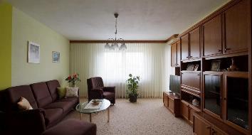 Günstige 3 Zimmerwohnung mit Balkon in Bahnhofsnähe