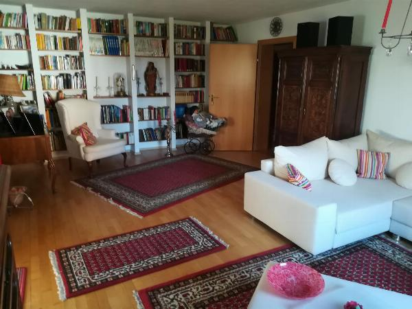 2-Familienhaus in ruhiger Lage!